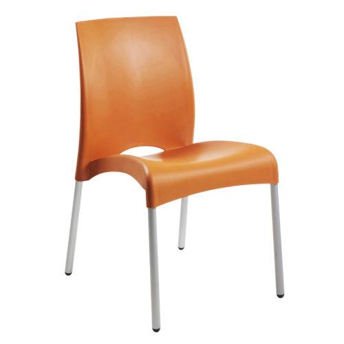 chaises-pour-exterieur-et-interieurs