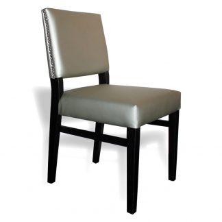 Chaise D654